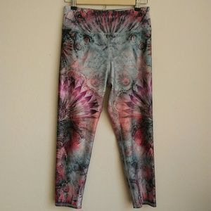 Evolution and Creation Active Leggings Floral